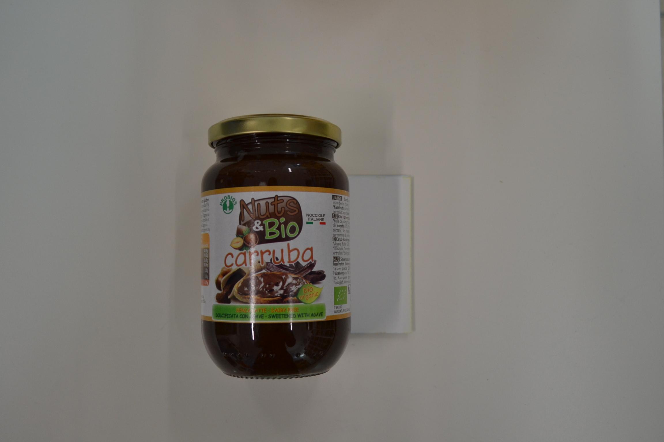 Nutella NUTS&BIO (carruba) € 7,40